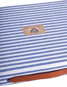 Almohadilla Azul y Blanca