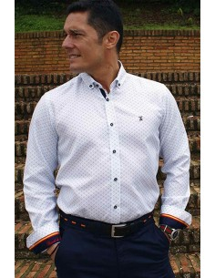 Men's shirt printed with details of the flag of Spain